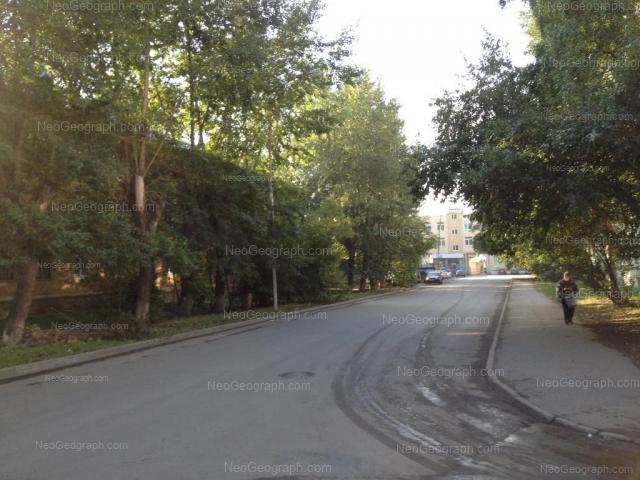 Адрес(а) на фотографии: Студенческая улица, 47, 49, Екатеринбург