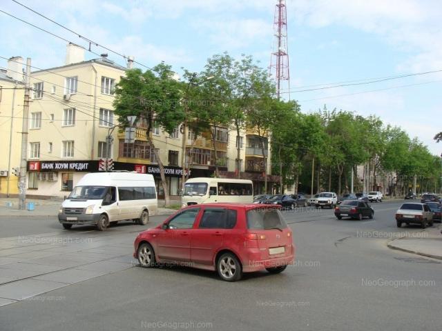 Адрес(а) на фотографии: улица Декабристов, 16/18Ж, 16/18И, 16/18з, Екатеринбург