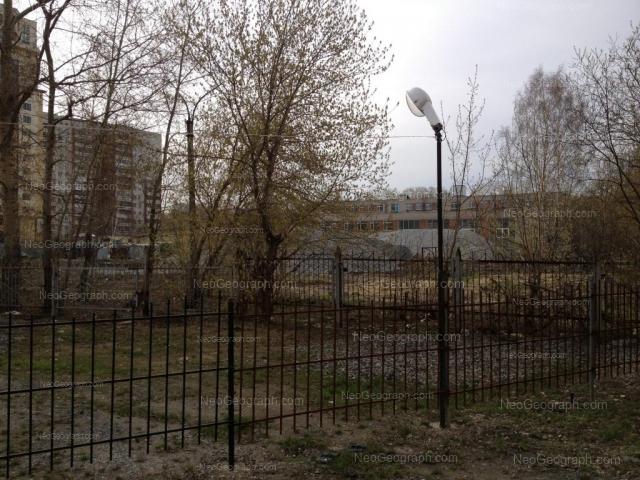 Адрес(а) на фотографии: Ясная улица, 18, 20, Екатеринбург
