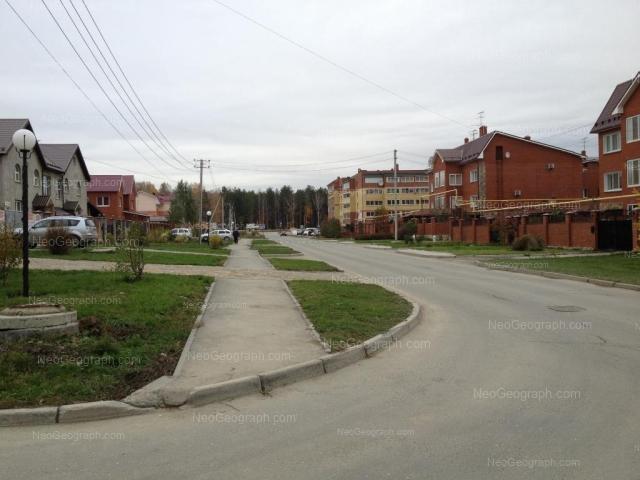 Address(es) on photo: Barvinka street, 6, 8, Yekaterinburg