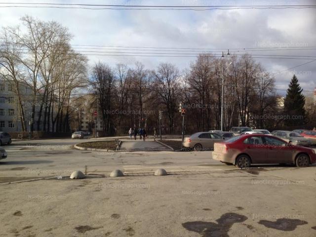 Адрес(а) на фотографии: проспект Ленина, 72, Екатеринбург