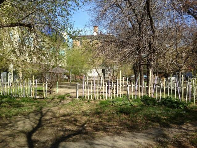 Адрес(а) на фотографии: улица Бажова, 46А, 75А, Екатеринбург
