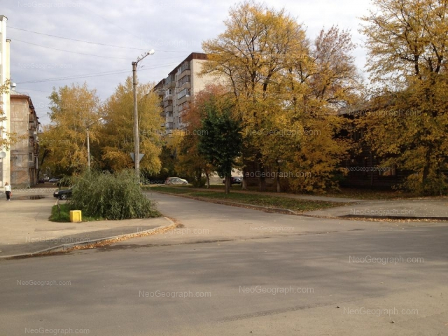 Адрес(а) на фотографии: улица Красных Борцов, 6, Екатеринбург