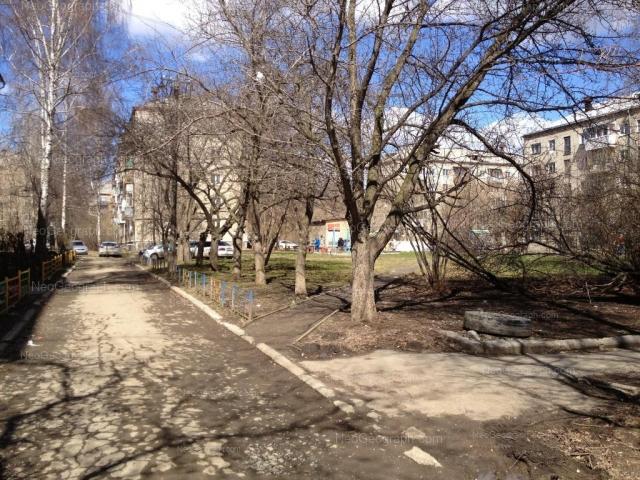 Адрес(а) на фотографии: Академическая улица, 19, 19А, 19Б, Екатеринбург