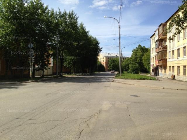 Адрес(а) на фотографии: улица XXII Партсъезда, 13, 13А, 15, Екатеринбург