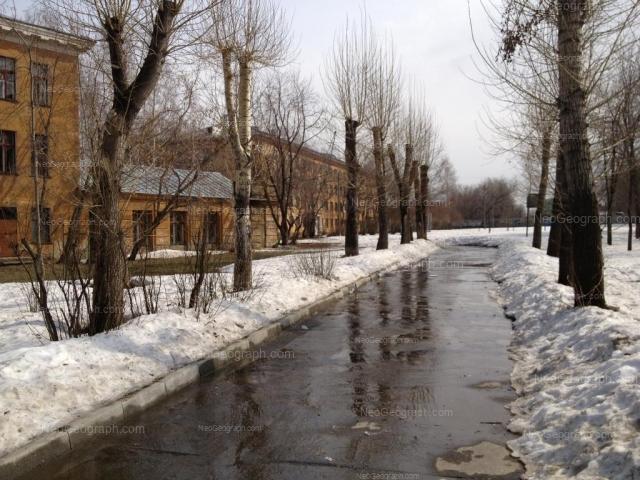 Адрес(а) на фотографии: улица Краснофлотцев, 1, 8А, Екатеринбург