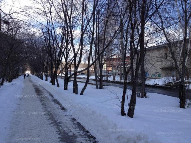 Адрес(а) на фотографии: Встречный переулок, 6, 8, Екатеринбург