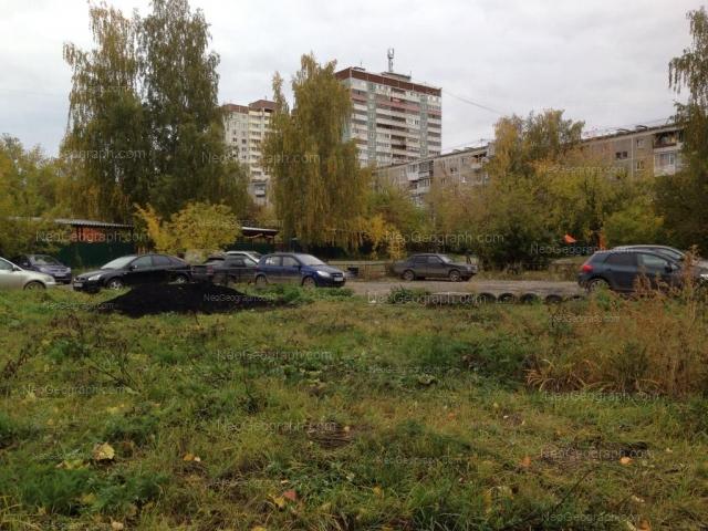 Адрес(а) на фотографии: улица Металлургов, 16А, 16Б, 18, Екатеринбург