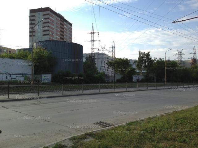 Адрес(а) на фотографии: улица Стачек, 59, 61, Екатеринбург