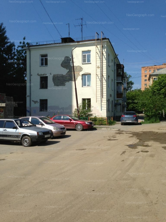 Адрес(а) на фотографии: улица Сулимова, 59Б, 61, 65, Екатеринбург
