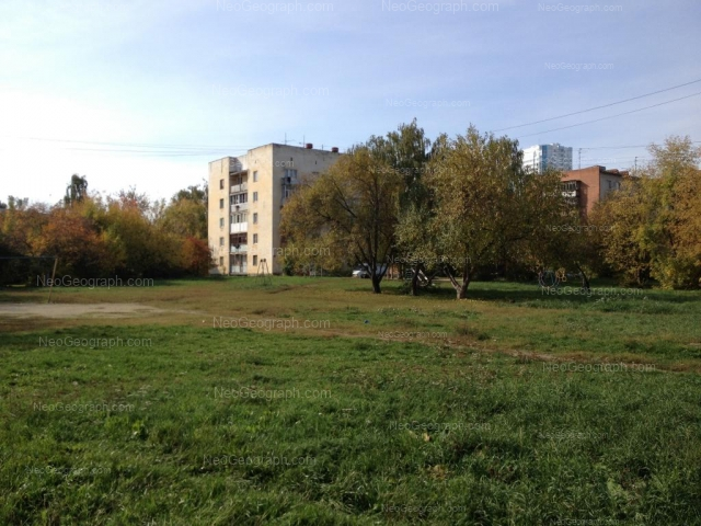 Адрес(а) на фотографии: Мраморская улица, 34/3, 34/4, Екатеринбург