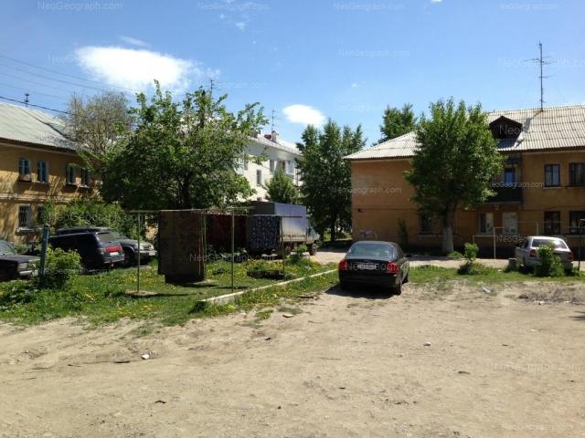 Адрес(а) на фотографии: Черниговский переулок, 11, 13, 15, Екатеринбург