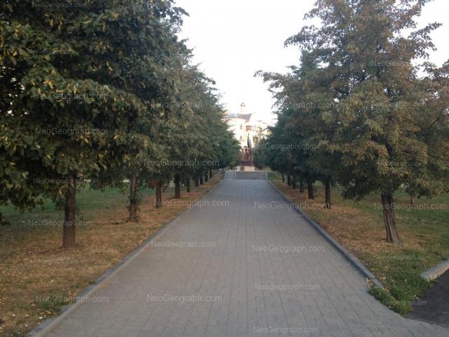 Адрес(а) на фотографии: улица Толмачёва, 34а, Екатеринбург