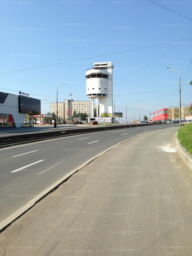 Address(es) on photo: Bakinskikh Komissarov street, 2, 2а лит1, 4, Yekaterinburg