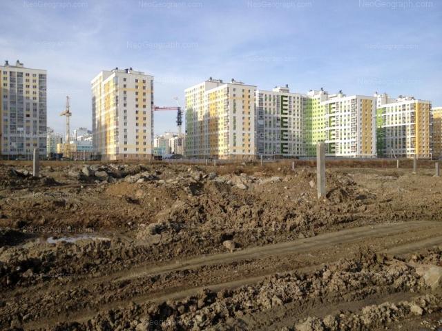 Адрес(а) на фотографии: улица Павла Шаманова, 6, 8, 10, 12, Екатеринбург