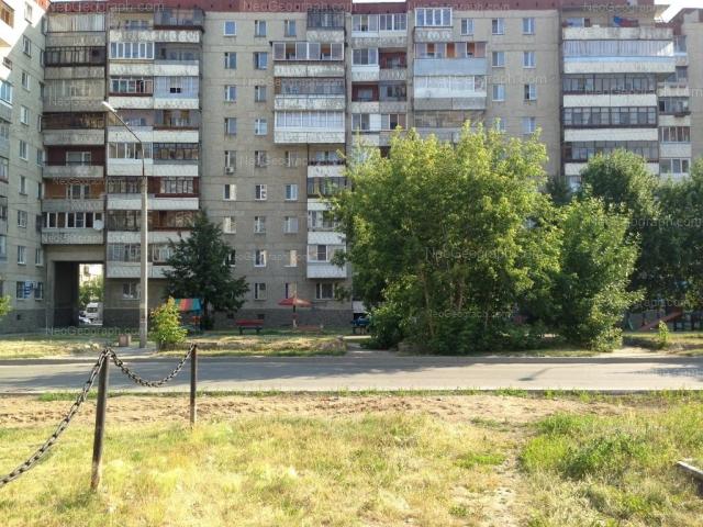 Адрес(а) на фотографии: улица Уральских Рабочих, 16, Екатеринбург