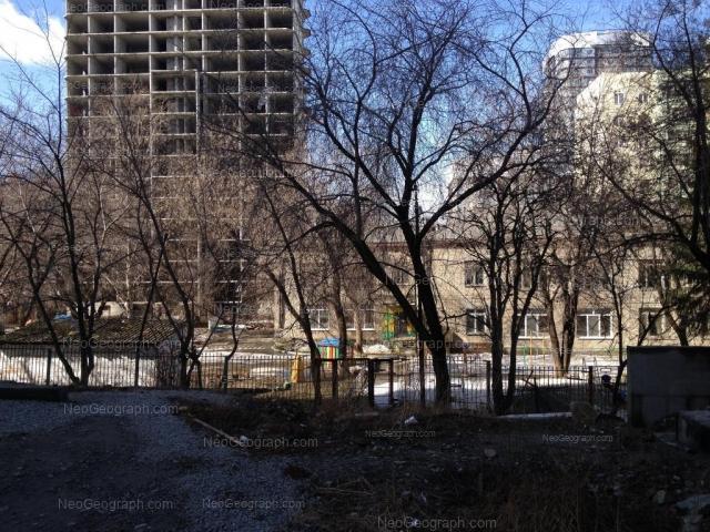 Адрес(а) на фотографии: улица Юмашева, 4а, Екатеринбург