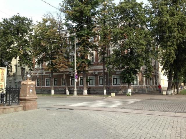 Адрес(а) на фотографии: проспект Ленина, 19, Екатеринбург