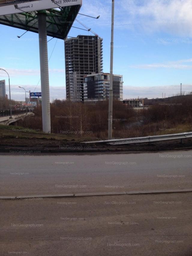 Адрес(а) на фотографии: улица Ткачей, 25, Екатеринбург