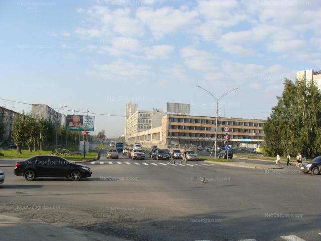 Адрес(а) на фотографии: улица Начдива Васильева, 1/1;1/2, 1/3, Екатеринбург