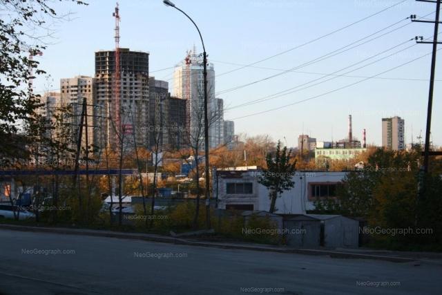 Адрес(а) на фотографии: улица Анны Бычковой, 1, 1А, Екатеринбург