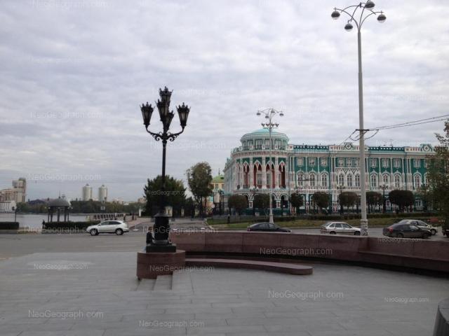 Адрес(а) на фотографии: проспект Ленина, 35, Екатеринбург