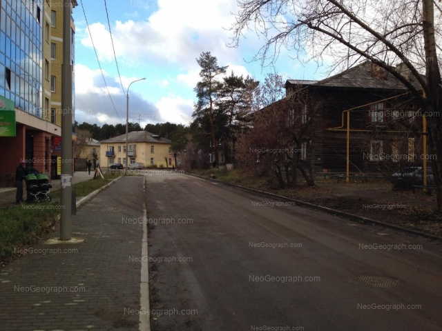 Адрес(а) на фотографии: Карельская улица, 74, 78, Екатеринбург