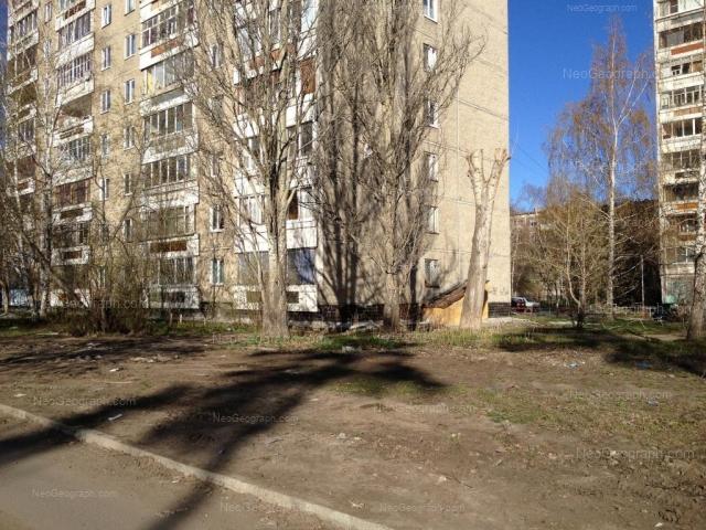 Адрес(а) на фотографии: Волгоградская улица, 182, 188, Екатеринбург