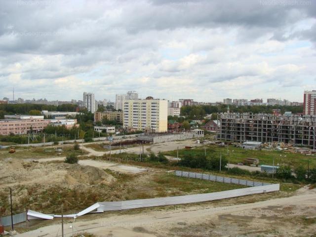 Адрес(а) на фотографии: улица Громова, 24, 28, Екатеринбург