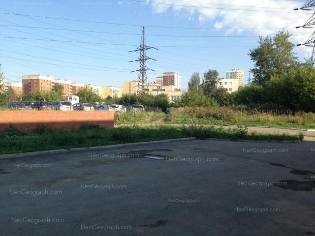Адрес(а) на фотографии: проспект Космонавтов, 30, 30/3, Екатеринбург