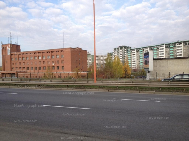 Address(es) on photo: Krestinskogo street, 48, 49 к1, Yekaterinburg