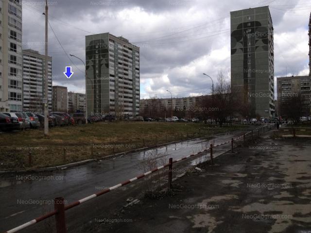 Адрес(а) на фотографии: улица Черепанова, 24, 28, 30, 32, 34, 36, Екатеринбург