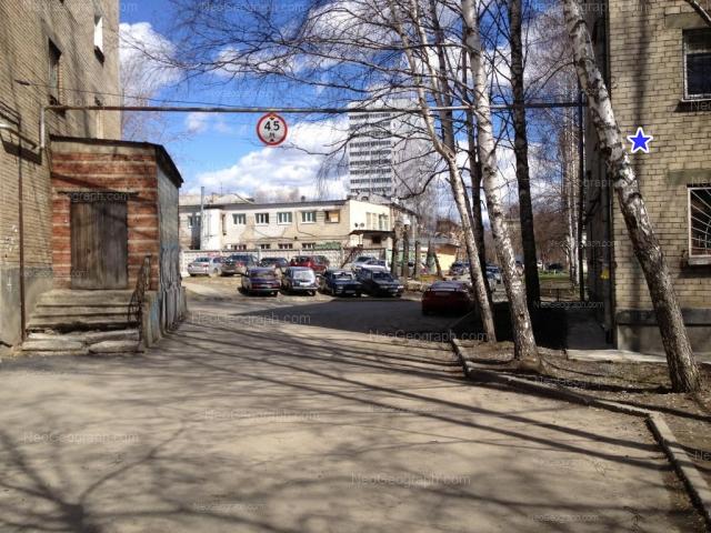 Адрес(а) на фотографии: Комсомольская улица, 4, 4А, 4Б, Екатеринбург