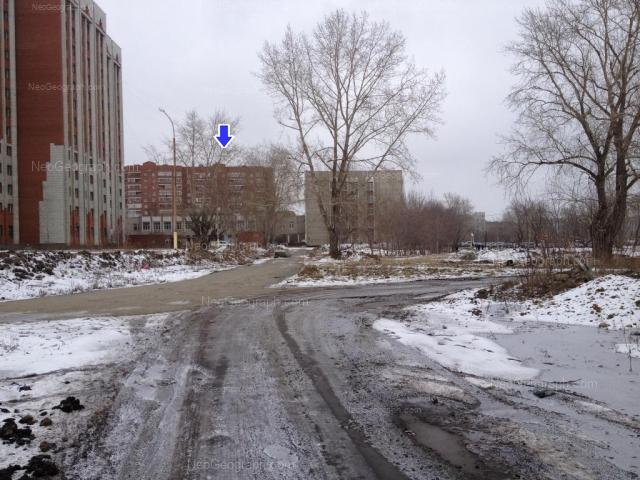 Адрес(а) на фотографии: улица Колмогорова, 52, 54, 54а, Екатеринбург