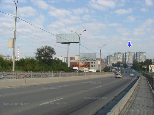 Адрес(а) на фотографии: улица Бебеля, 11, 108, 110, 112, 114, Екатеринбург