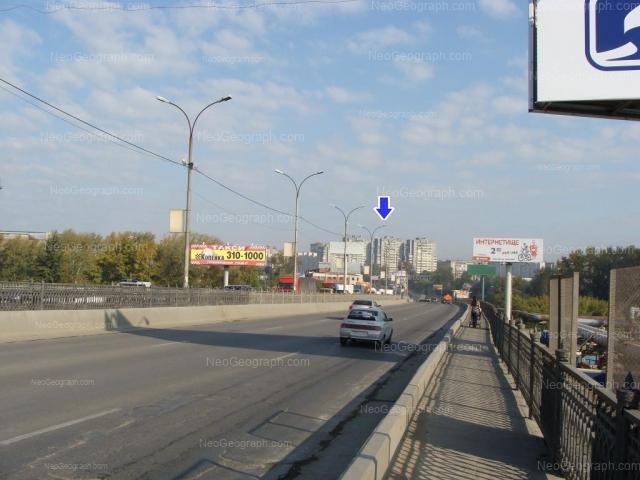 Адрес(а) на фотографии: улица Бебеля, 11, 108, 110, Екатеринбург