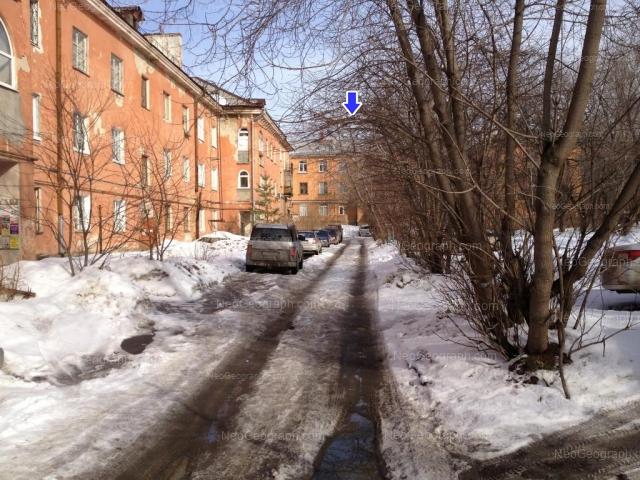 Address(es) on photo: Komsomolskaya street, 25, 27, Yekaterinburg