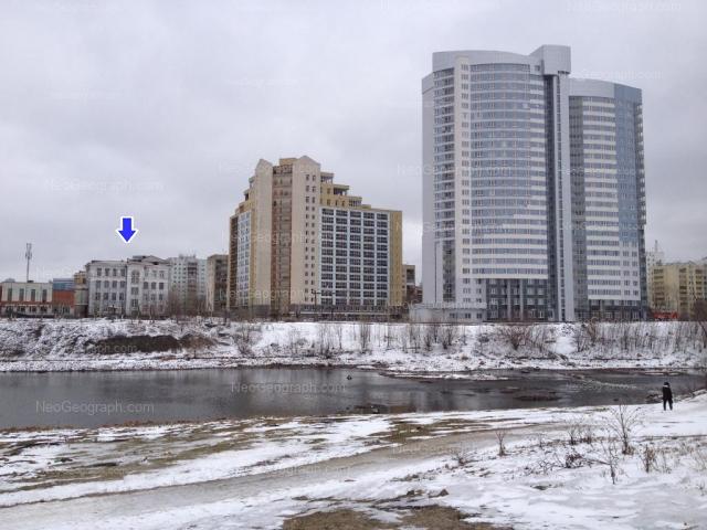 Адрес(а) на фотографии: улица Юмашева, 15, 20, Екатеринбург