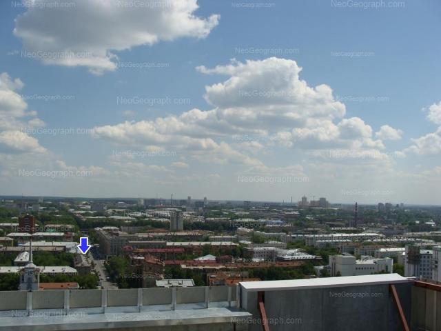 Адрес(а) на фотографии: Первомайская улица, 27, 33, 35, 42, 56, Екатеринбург