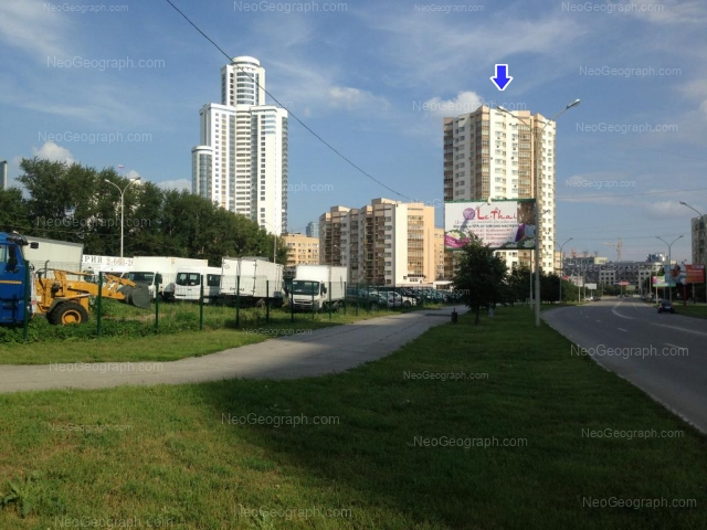 Адрес(а) на фотографии: улица Маршала Жукова, 14, Екатеринбург