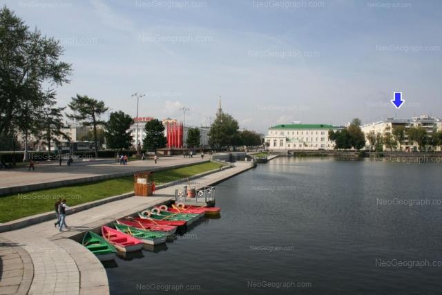 Address(es) on photo: 8 Marta street, 7, Yekaterinburg