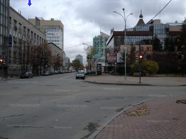 Адрес(а) на фотографии: улица Маршала Жукова, 4А, 5, 6, Екатеринбург