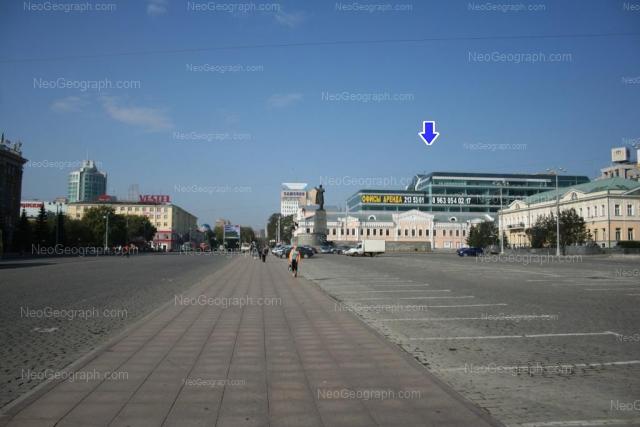 Адрес(а) на фотографии: проспект Ленина, 24, 25, 27, Екатеринбург