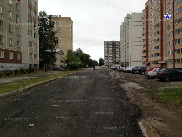 Адрес(а) на фотографии: улица Бакинских Комиссаров, 109, 113, Екатеринбург
