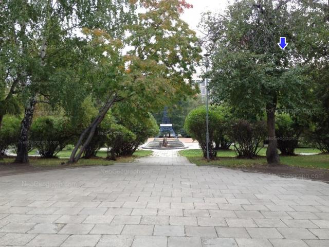 Адрес(а) на фотографии: улица Мамина-Сибиряка, 141, 143, 145, Екатеринбург