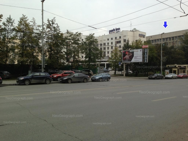 Адрес(а) на фотографии: улица Мамина-Сибиряка, 98, 145, Екатеринбург