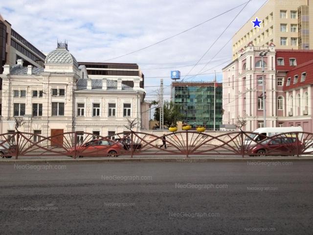 Адрес(а) на фотографии: улица Толмачёва, 6, 9, Екатеринбург