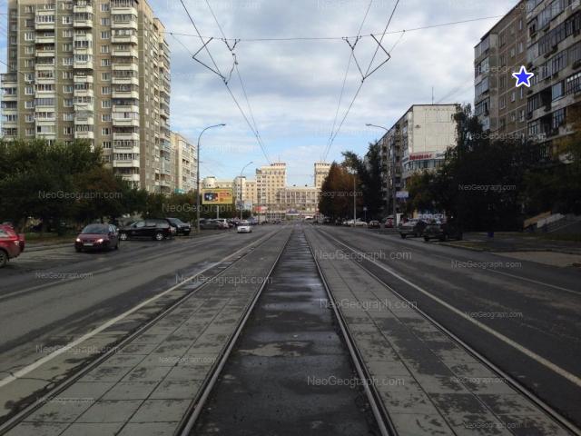 Адрес(а) на фотографии: улица Викулова, 28Б, 33/1, 35/1, Екатеринбург