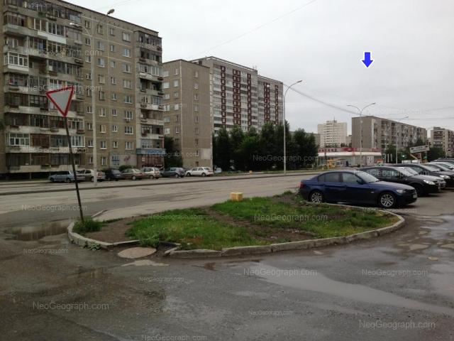 Адрес(а) на фотографии: улица Бакинских Комиссаров, 58, 64, 66, 68, 100, Екатеринбург