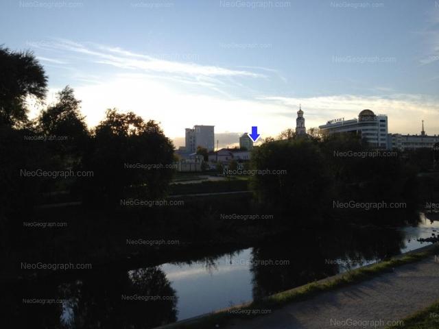 Адрес(а) на фотографии: улица Добролюбова, 7А, Екатеринбург